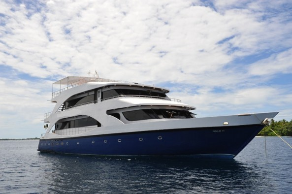 Dive Safaris and Scuba Cruises MV Emperor Voyager