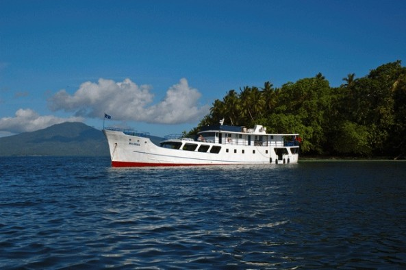 Dive Safaris and Scuba Cruises M/V Bilikiki