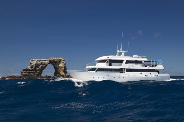 Dive Safaris and Scuba Cruises Galapagos Master