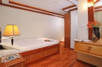 Liveaboards 88143309_orionbedroom640.jpg